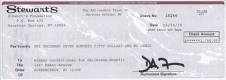 Stewart's Holiday Match 2015 Donation in support of seriously ill children0001